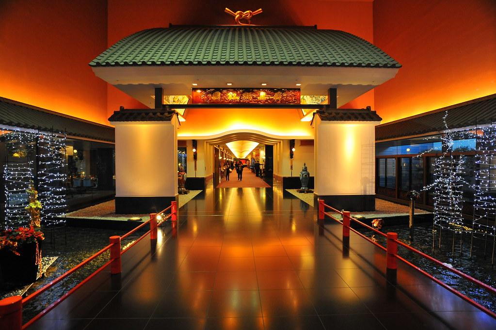 ホテル雅叙園の廊下